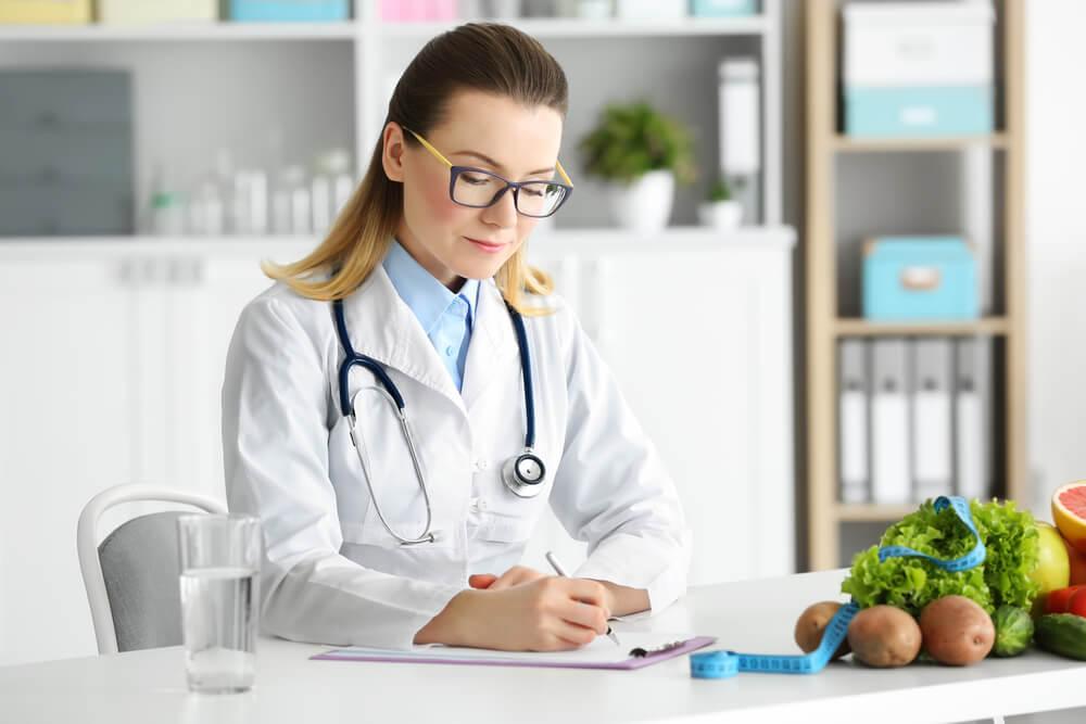 nutricionista x nutrologo