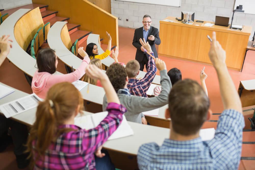 o-que-e-carreira-academica-e-como-iniciar-uma
